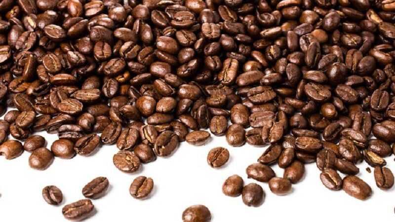 coderen van koffiedozen